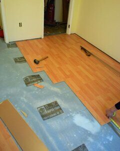 preparation of the floor for the laminate flooring
